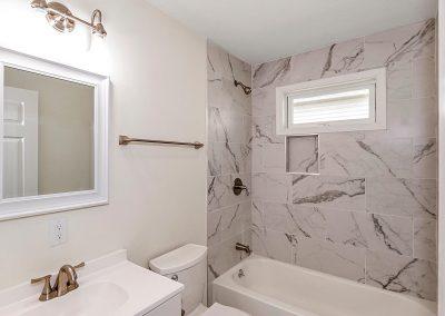 1024 N Rural St Indianapolis-026-023-Bathroom-MLS_Size